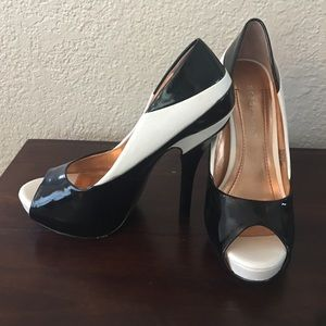 BCBGeneration black and white heels
